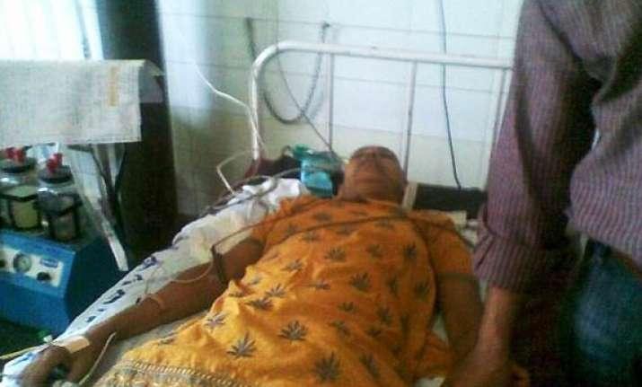 injured ramdev supporter rajbala offered help by delhi govt