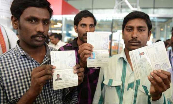 iraq crises 84 construction workers return to india