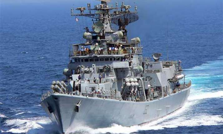 iraq crisis delhi class destroyer heads for persian gulf to
