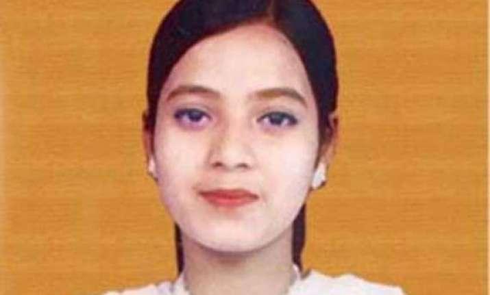 ishrat case court sends notice to cbi on vanzara plea