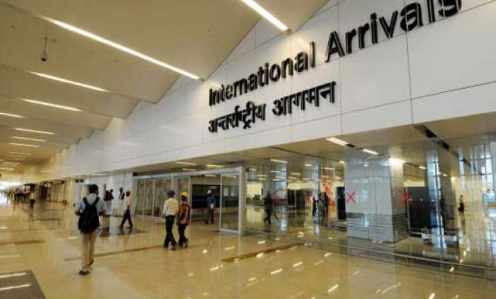 israeli diplomats booked for assaulting delhi airport