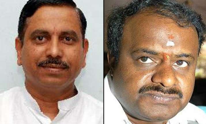 jd s bjp dilemma over anti congress front in karnataka
