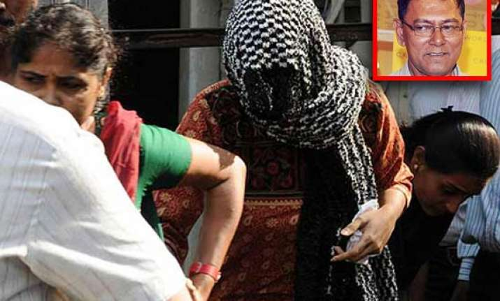 j dey murder charge sheet against rajan jigna vora not named