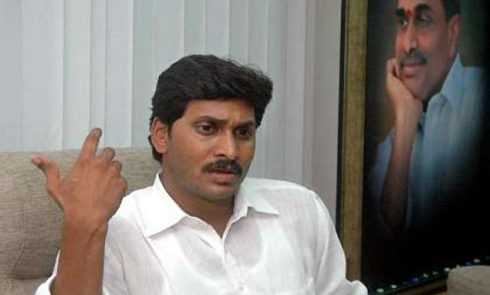 jagan dares congress to go for mid term elections