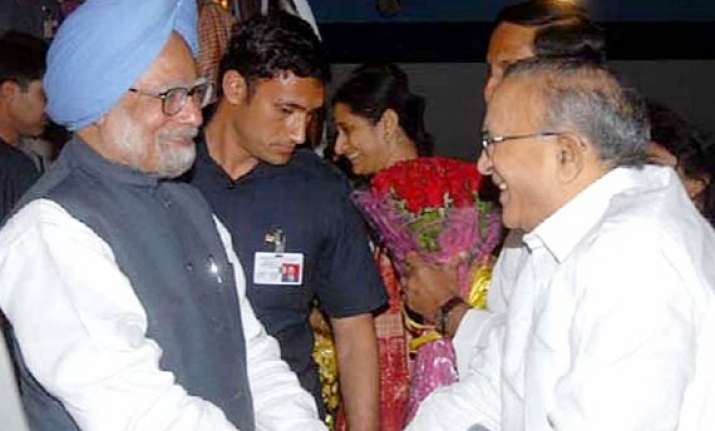 jaipal reddy meets pm presses for telangana state