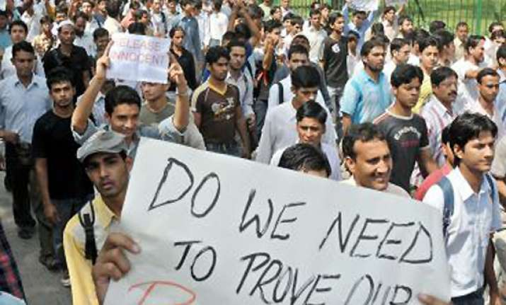 jamia students teachers protest against police raids
