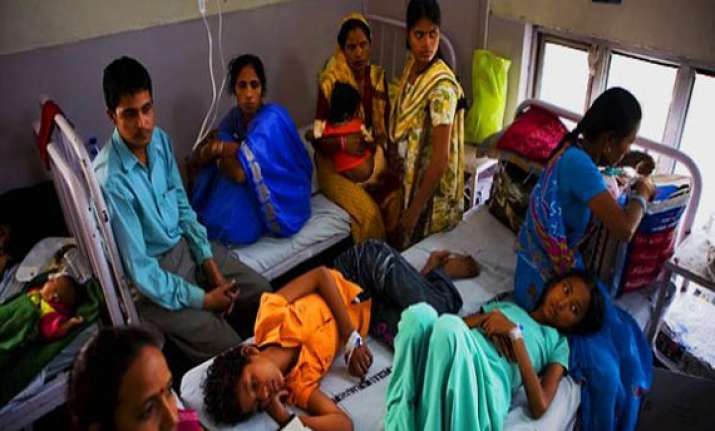 jaundice outbreak in raipur student pregnant woman dead