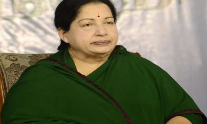 jayalalithaa urges sc to allow use of tamil as official