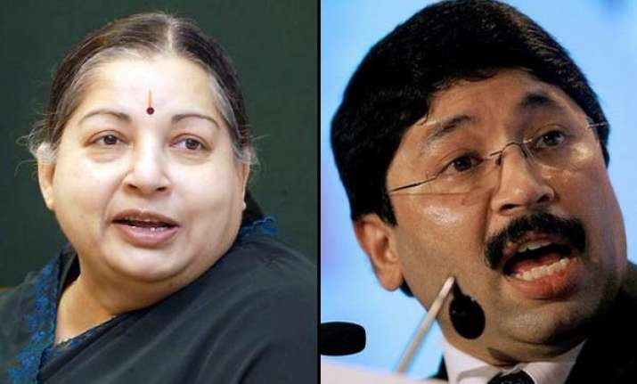 jayalalithaa demands maran s resignation over kickback issue