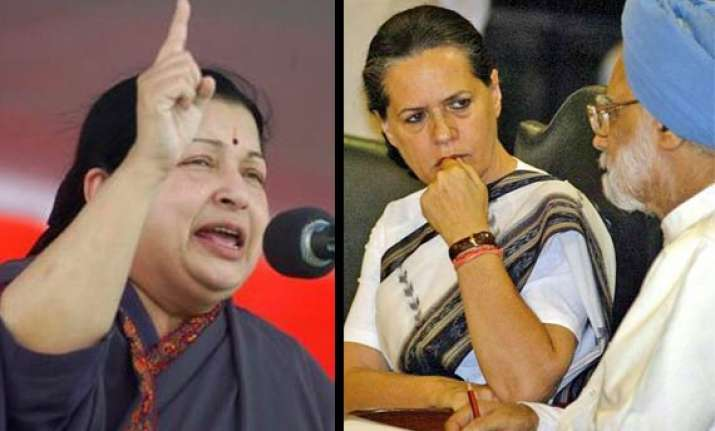 jayalalithaa seeks explanation from pm sonia in 2g scam