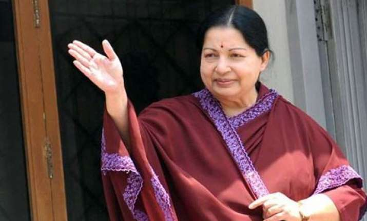 jayalalithaa sworn in tn cm for third time