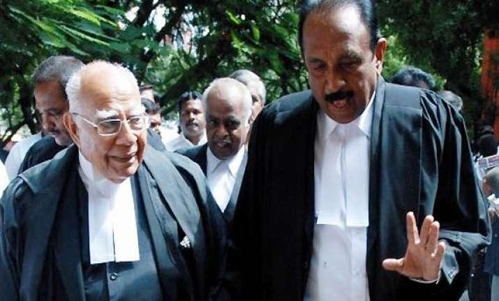 jetmalani meets death row prisoners in rajiv case