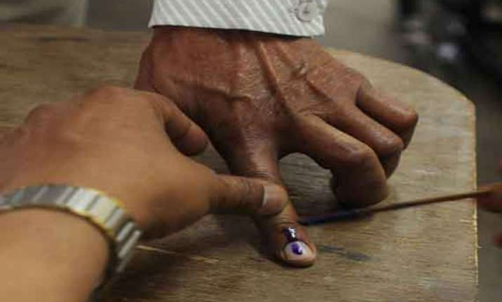 jharkhand 2nd phase poll revised to 63.45 pc