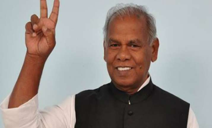 jitan ram manjhi sworn in asked to seek trust vote on may 23