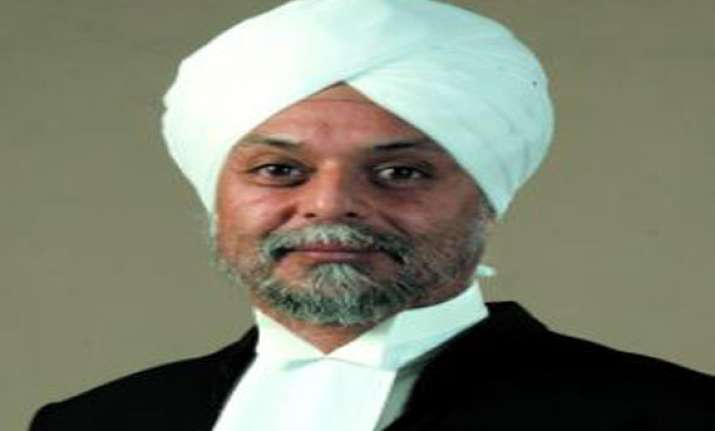 justice khehar recuses himself from hearing sahara case