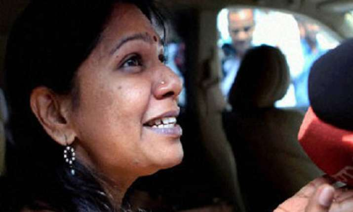 kanimozhi pleads for bail in 2g scam case