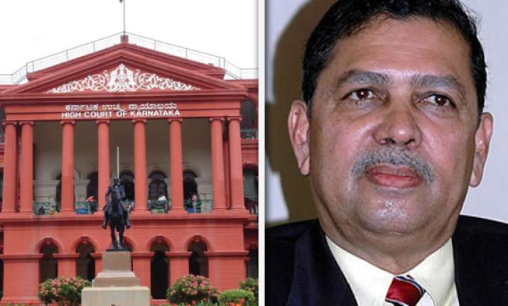 karnataka hc issues notice to santosh hegde