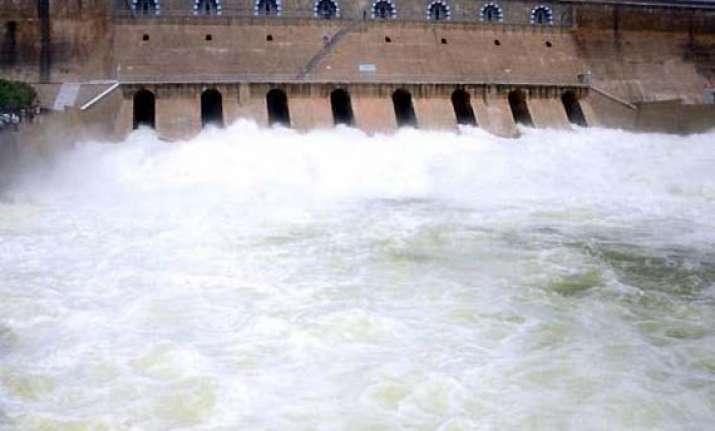 karnataka releases cauvery water to tamil nadu