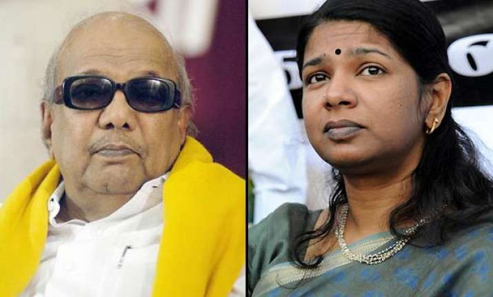 karuna defends kanimozhi takes blame on himself