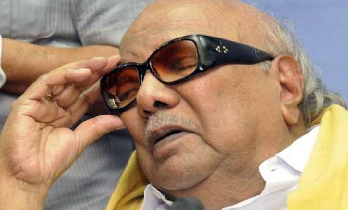 karunanidhi briefly hospitalised