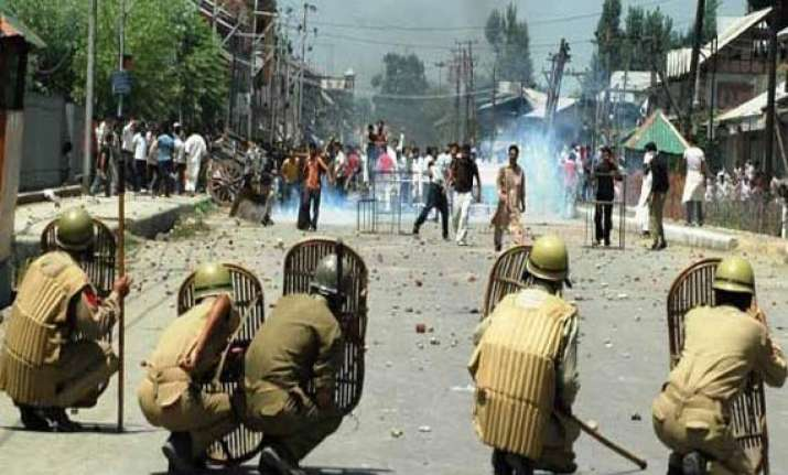 kashmir protests case filed against those spreading death