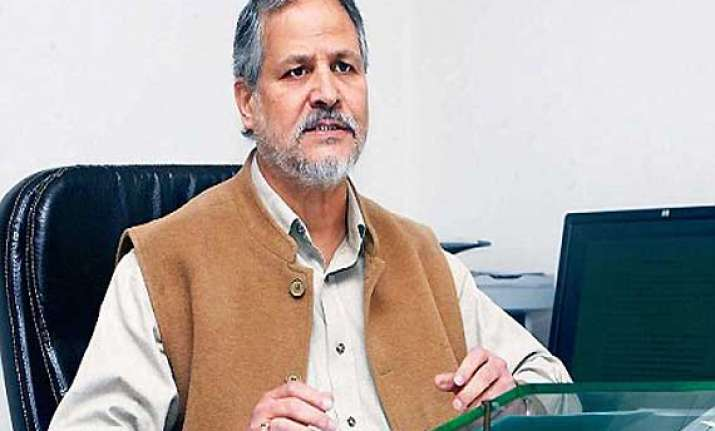 kejriwal exit lt governor to send report to centre tomorrow