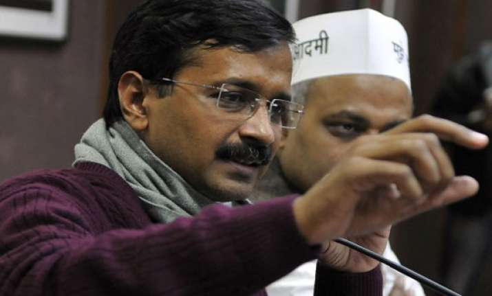 kejriwal told pak journalists congress supported to trap us