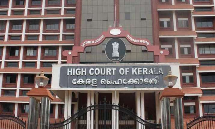 kerala high court grants two weeks time to government nhai