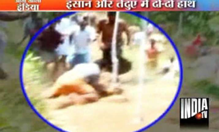kerala mob kills strayed leopard mercilessly