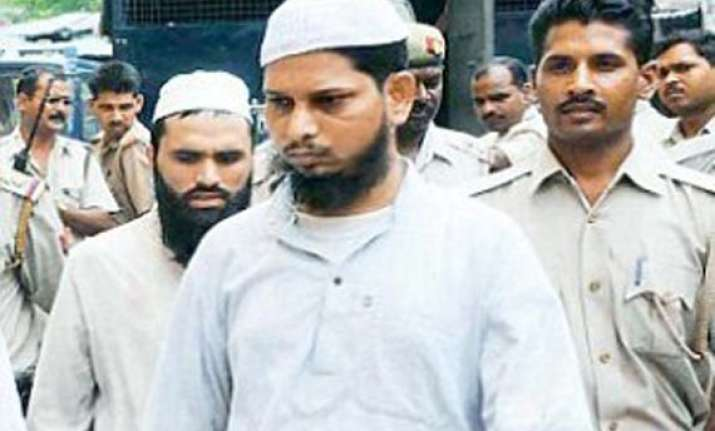 khalid mujahid s family refuses to accept rs 6 lakh cheque