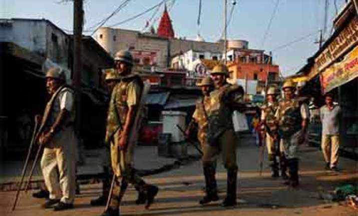 kids squabble over kite leads to sectarian violence in