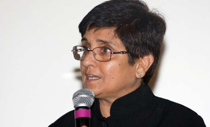 kiran bedi favours non passing of lokpal bill in its