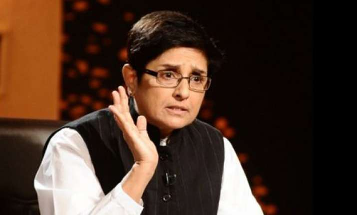 kiran bedi to return excess fare amount to indore
