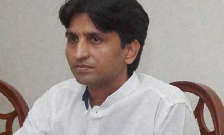 kumar vishwas claims harassment wife family members asked
