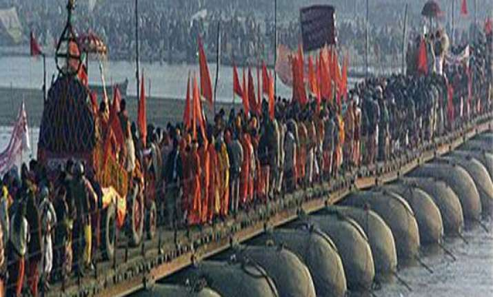 kumbh mela to witness battle of shankaracharyas as digvijay