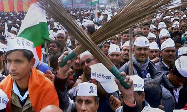 7 ls candidates of aap face severe poll fund crunch in