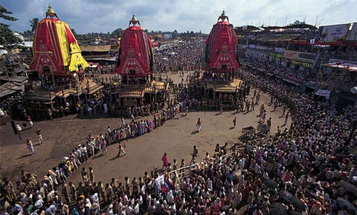 lakhs of devotees throng puri for jagannath rath yatra
