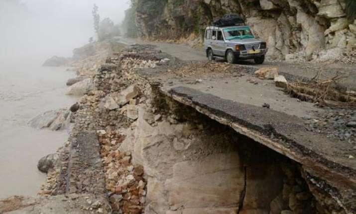 landslides near badrinath in uttarakhand