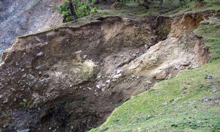 landslips claim six lives in idukki