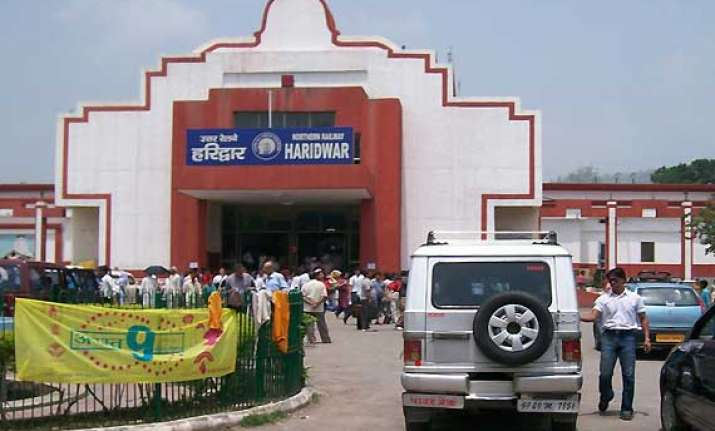 let issues threat to blow up haridwar railway station