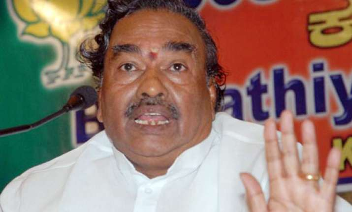 leadership issue in karnataka resolved claims eshwarappa