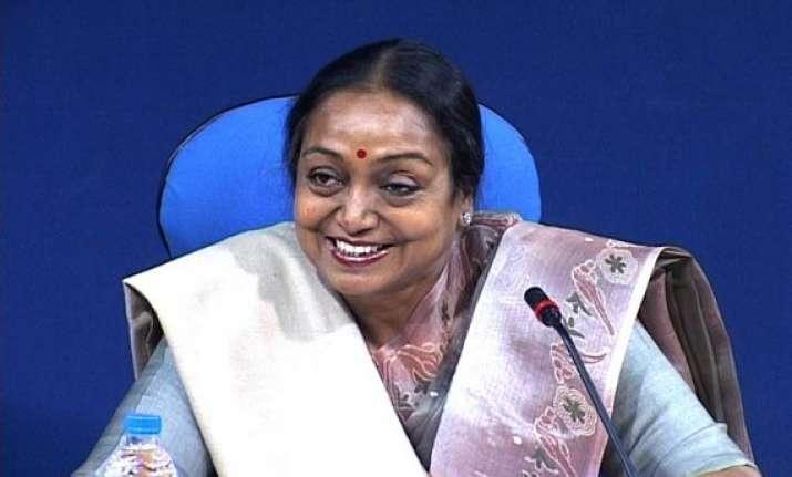 lok sabha speaker rejects resignations of 13 seemandhra mps