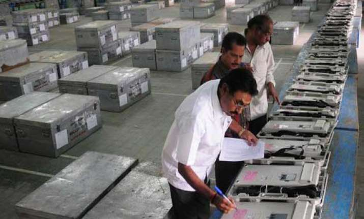 lok sabha polls in five phases in bengal
