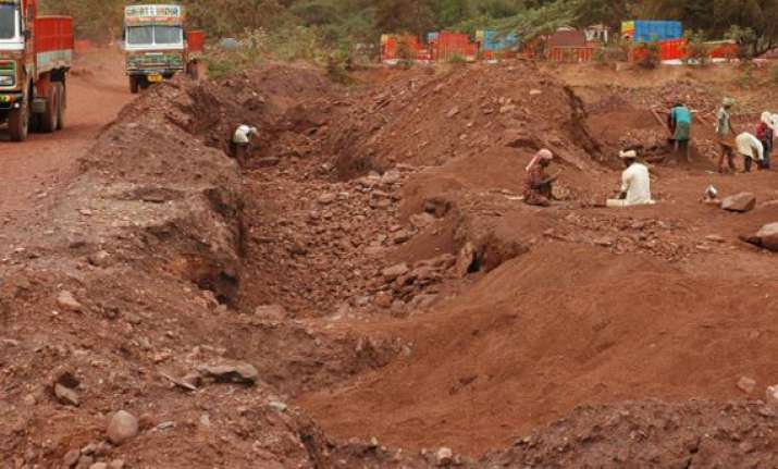lokayukta police to probe illegal mining cases in karnataka