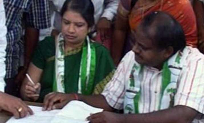 lokayukta court rejects kumaraswamy s bail plea