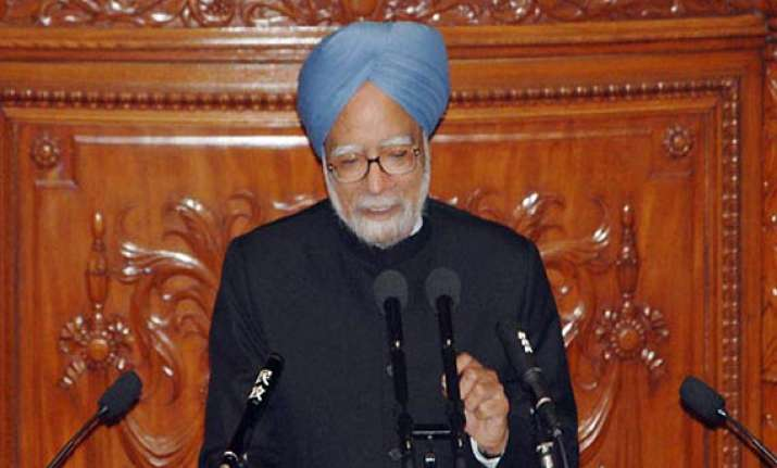 lokpal bill should be passed on parliament s consensus pm