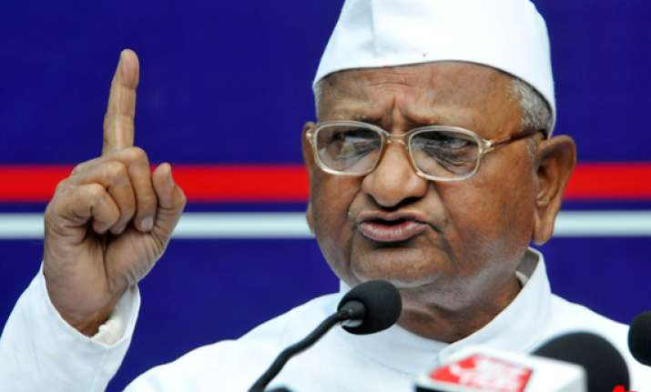 anna to fast in mumbai from tuesday