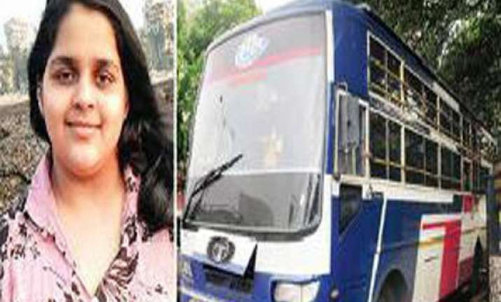 lost in music mumbai girl gets run over by three buses