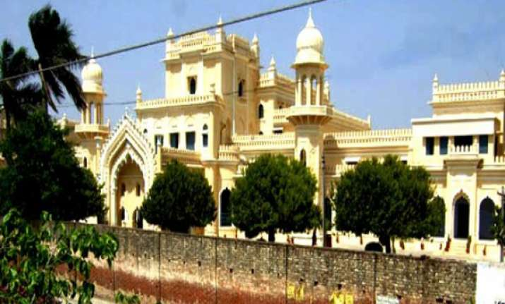 lucknow seminary clarifies cancellation of saudi delegation