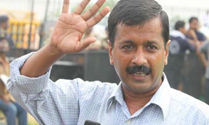 mps are bonded labourers of their parties kejriwal tells